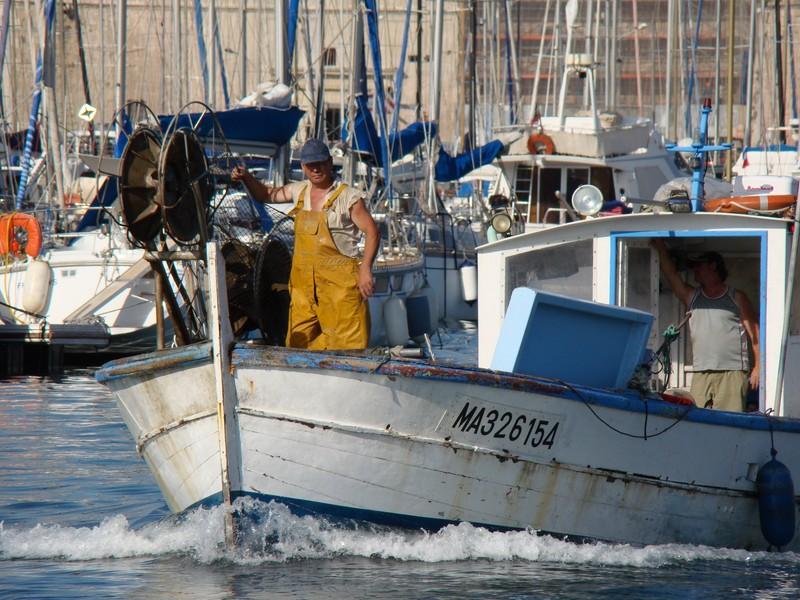 Bateau peche marseille - Promenade bateau marseille vieux port ...