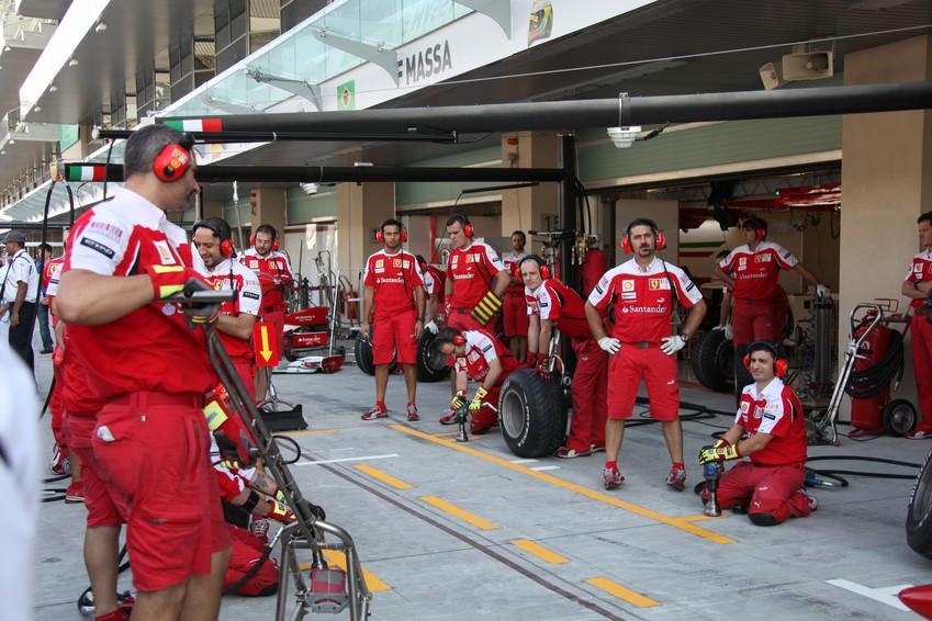 F1 Stand