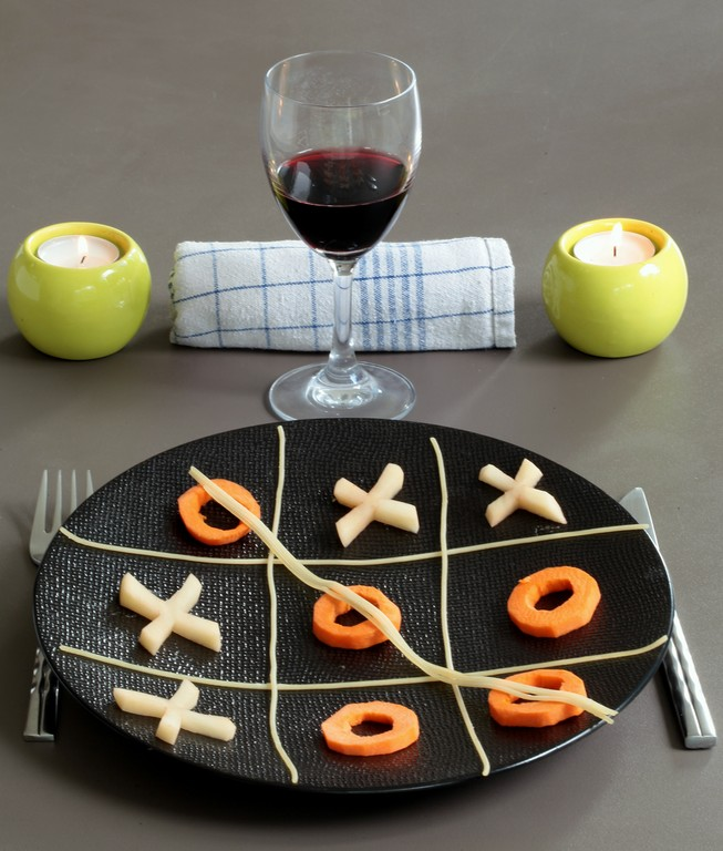 Food Game tic-tac-toe table plate wine candle